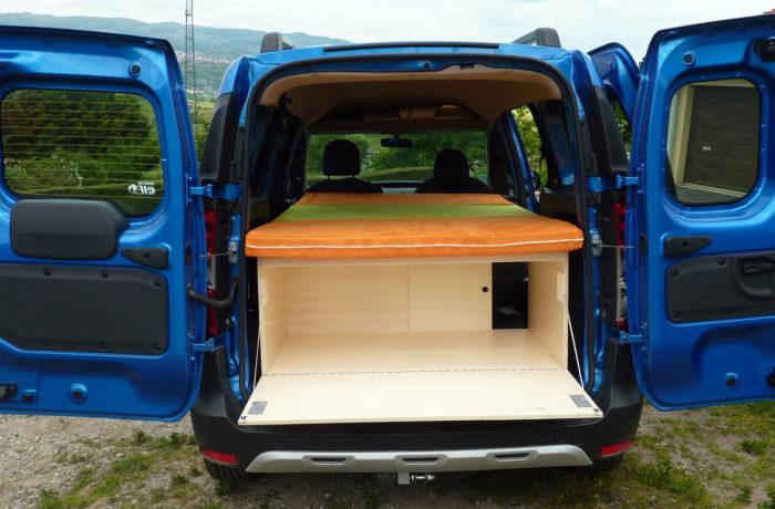 campinbox-Modèle Voyageur dans Dacia Dokker-1