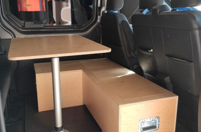 campinbox-aménagement dans un Trafic L2